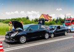 Wypadek z udziałem czterech samochodów - poszkodowana kobieta w ciąży