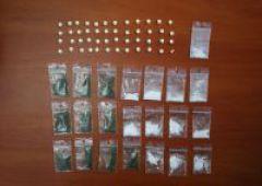 Narkotyki w tapczanie