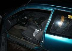 Odpowie za włamanie do samochodu