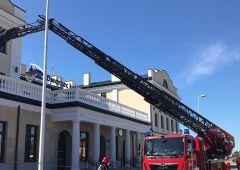 Ćwiczenia doskonalące strażaków na dworcu PKP w Skarżysku-Kamiennej