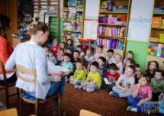 """""""Ciepłe czytanie"""" w Przedszkolu Publicznym Nr6"""
