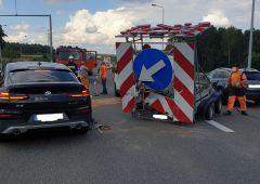Wypadek samochodu osobowego na trasie S-7, węzeł w Suchedniowie