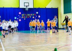 Wiosenne zabawy - zawody sportowe dla przedszkolaków w SP NR7