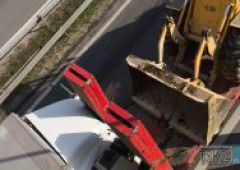 Zderzenie dwóch pojazdów ciężarowych