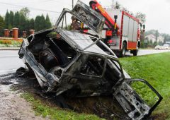 Na drodze krajowej nr 42 spłonął samochód osobowy