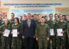 Certyfikaty i szkolenia uczniów ZSTM w ramach innowacji wojskowej