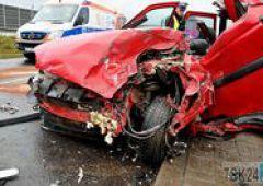 Czołowe zderzenie aut na ul. Krakowskiej