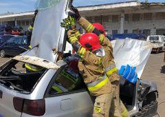 Ćwiczenia z zakresu ratownictwa drogowego w Skarżysku Kamiennej