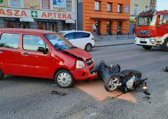 Tytuł: Kolizja samochodu osobowego i skutera w Skarżysku-Kamiennej przy ul. 1-go Maja