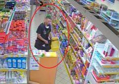 Publikujemy wizerunek podejrzanych o kradzież