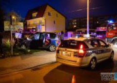 Zderzenie dwóch samochodów - dwie osoby w szpitalu