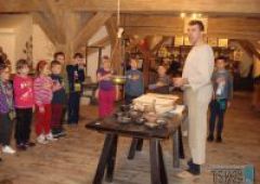 Mali naukowcy ze Szkoły Podstawowej nr 5 im. Jana Pawła II w Skarżysku-Kamiennej poznają Bałtyk i jego tajemnice