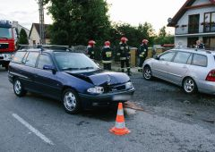 Groźne zdarzenie drogowe na ulicy Iłżeckiej